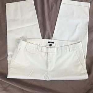 Gap stretch cream colored slacks